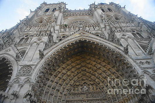 Amiens Cathedral by Therese Alcorn