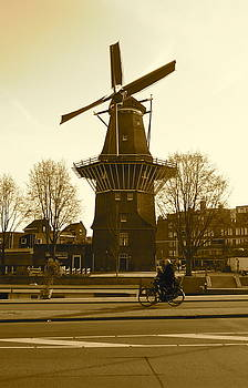 Amsterdam Windmill by Matthew Kennedy