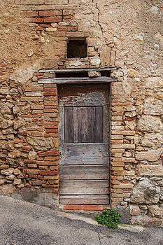 W Chris Fooshee - An Old Door in Cesi