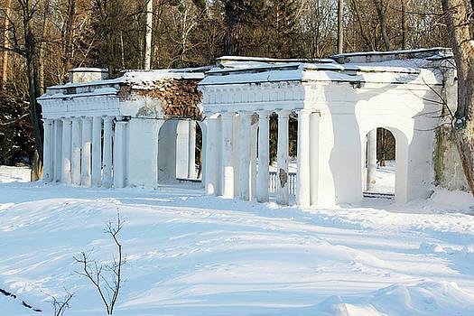 Ancient ruins by Iuliia Malivanchuk by Iuliia Malivanchuk