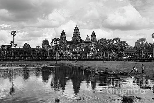 Chuck Kuhn - Angkor Wat Black