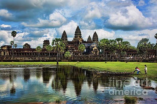 Chuck Kuhn - Angkor Wat Pano Blue