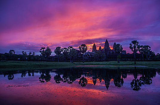 Angkor Wat temple Sunrise by Azad Pirayandeh