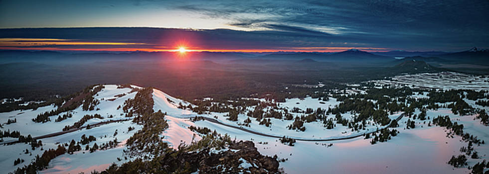 Another sunset at Crater Lake by William Lee