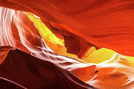 Antelope canyon  by Hisao Mogi