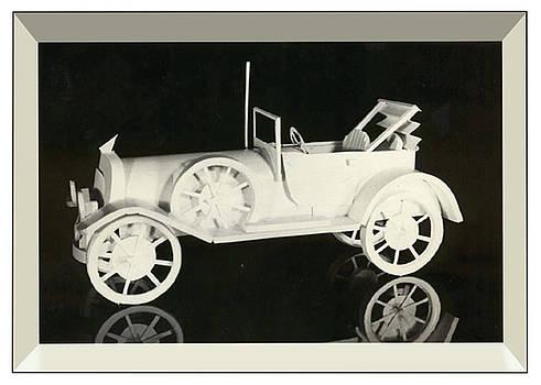 Thomas Lupari - antique car