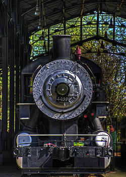 Antique Locomotive Head On by Richard Hinds