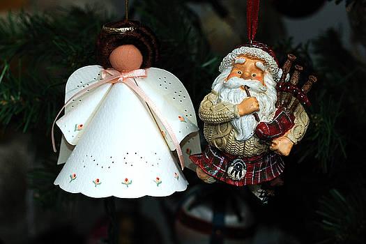 Edward Sobuta - Antique Ornament 3