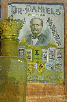 Reimar Gaertner - Apothecary with antique jar and veterinary medicine advertisemen