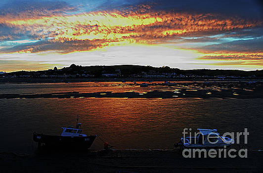 Appledore Dawn by Pete Moyes