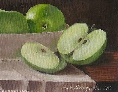 Apples by Eleonora Mingazova
