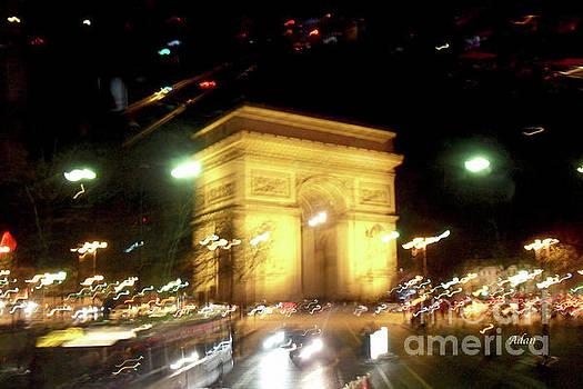 Felipe Adan Lerma - Arc de Triomphe by Bus Tour