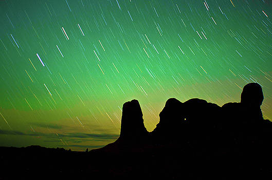 Arches Northern Lights by Colin Collins