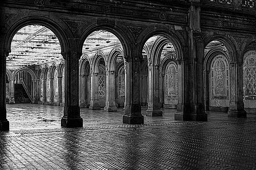 Arches by Zev Steinhardt