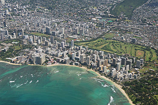 Reimar Gaertner - Arial view of Waikiki and Ala Wai golf course on Oahu