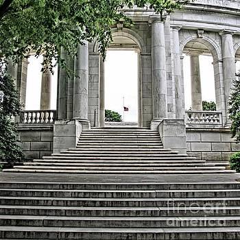 Arlington Memorial Amphitheater  by DJ Florek