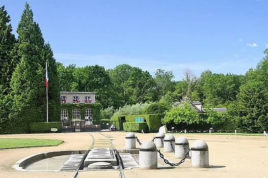 Armistice Clearing in Compiegne by Travel Pics