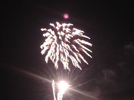 Around The Fourth Fireworks XIII by Daniel Henning
