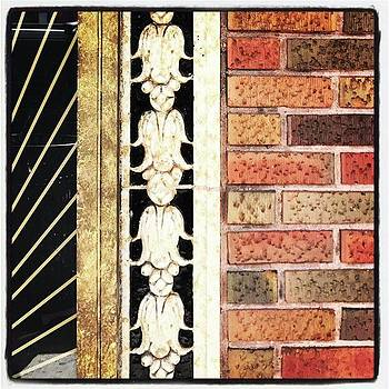 Art Deco Detail by Alicia Boal