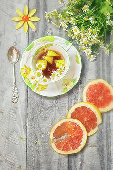 Art Deco Tea Cup with Grapefruit and Daisies by Susan Gary