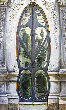 Venetia Featherstone-Witty - Art Nouveau Glass Door