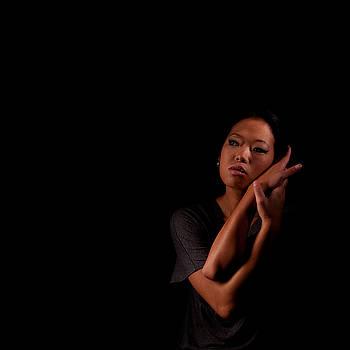 Rolf Bertram - Asian Girl 1284569