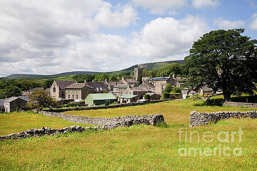 Askrigg village meadows by Gavin Dronfield