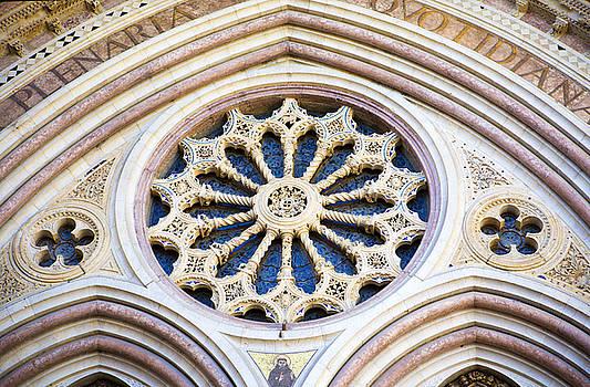Marilyn Hunt - Assisi Plenaria Design