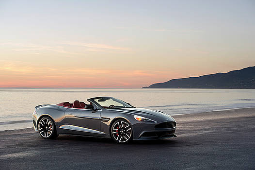Aston Martin V12 Vanquish Volante by Drew Phillips
