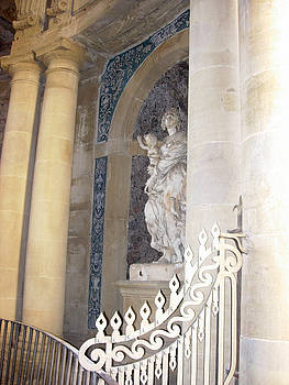 Leslie Rhoades - At the Palazzo Piti