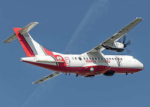 ATR AT42-500 Italian Coast Guard back by Roberto Chiartano