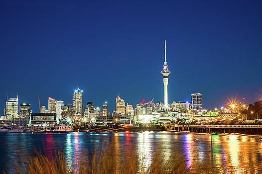 Auckland at dusk by Jose Maciel