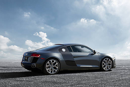 Audi R8 by Peter Chilelli