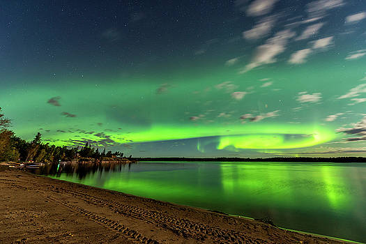 Aurora At The Beach by Nebojsa Novakovic