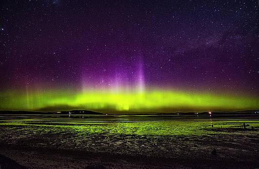 Aurora Australis by Odille Esmonde-Morgan