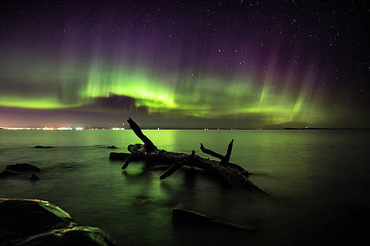 Aurora over Thunder Bay from Chippewa  by Jakub Sisak