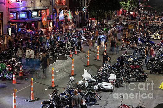 Herronstock Prints - Austins Sixth Street bar district is full of thousands of thu