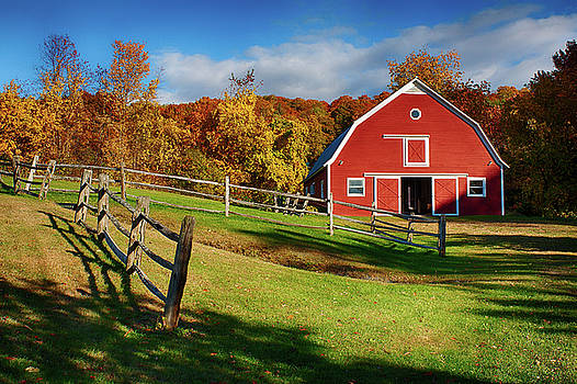 Autumn Barn to play by Jeff Folger