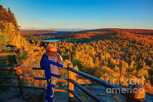 Wayne Moran - Autumn Colors Orberg Mountain North Shore Minnesota
