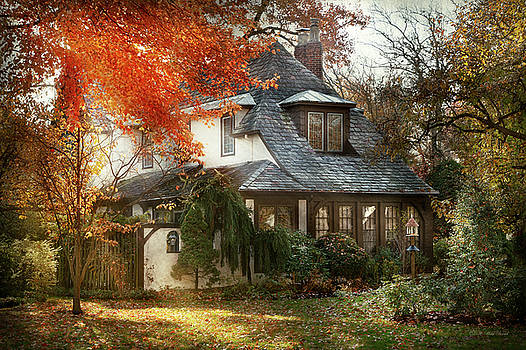 Mike Savad - Autumn - In every fairy tale