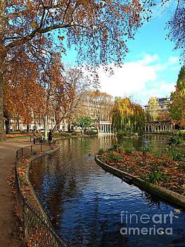 Autumn in the Parc Monceau by Alex Cassels