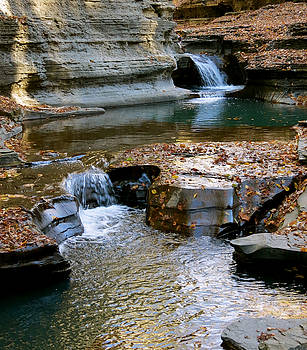Autumnal Pool by Azthet Photography