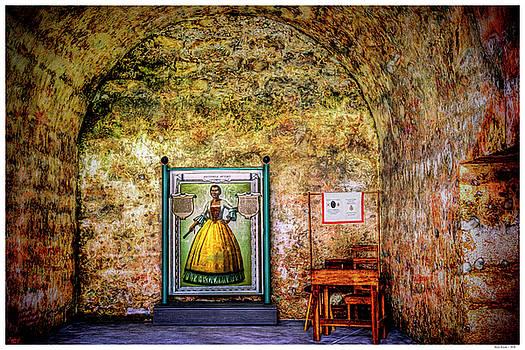 Avero Room by Rogermike Wilson