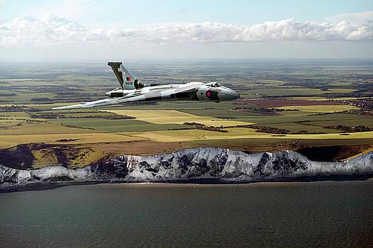 Gary Eason - Avro Vulcan over the white cliffs of Dover