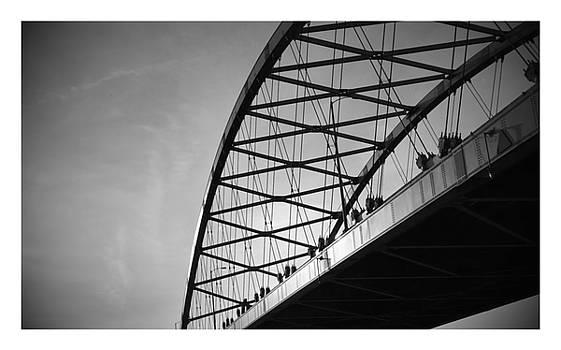 B/w Bridge by Dustin Soph