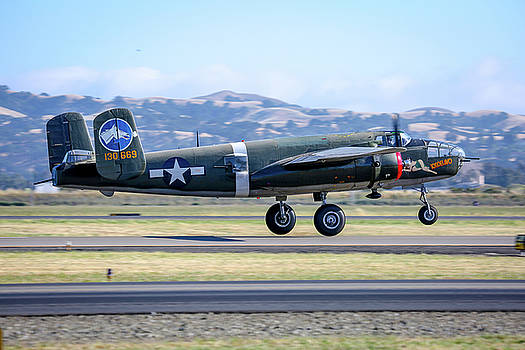 John King - B25 Mitchell Bomber Take Off at Livermore