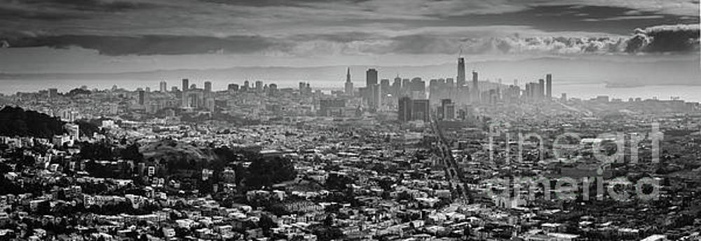 Back and White View of Downtown San Francisco in a Foggy day by PorqueNo Studios