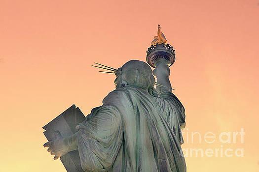 Chuck Kuhn - Back Statue of Liberty Glow