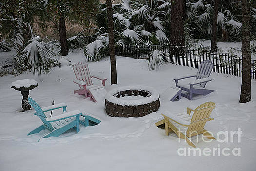 Dale Powell - Back Yard Winter Scene