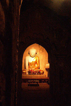 Bagan Buddha by Steve Rudolph